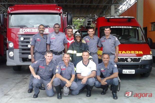 http://media.saocarlosagora.com.br/uploads/visitamariabombeiro.jpg