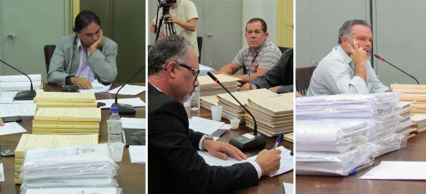 José Luiz Rabello (presidente da CPI), Adélcio Antonini (diretor da Hora Park) e Lineu Navarro (relator da CPI) - (Foto: Tiago da Mata / SCA)