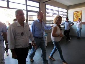 Altomani chega para votar na Escola Industrial (Tiago da Mata).