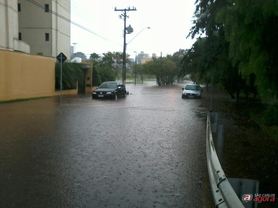 Avenida Eliza Gonzales Rabello (Foto enviada por leitor).