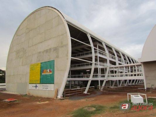 http://media.saocarlosagora.com.br/uploads/hospitalescolaobras.jpg