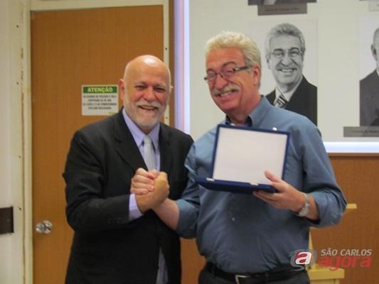 Prefeito Oswaldo Barba e o deputado Newton Lima, ex-prefeito de São Carlos. (Foto: Tiago da Mata / SCA)