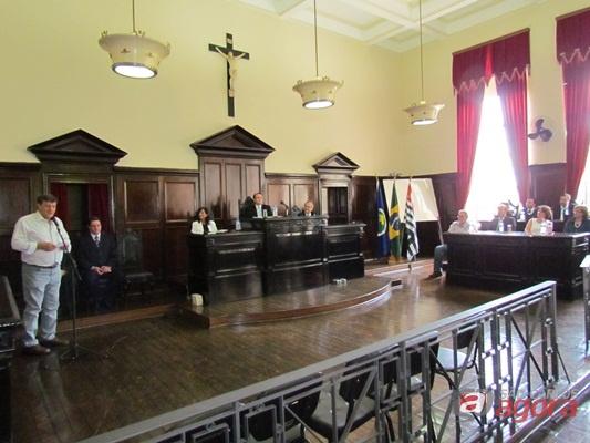 http://media.saocarlosagora.com.br/uploads/imagens/forumampliac21.jpg