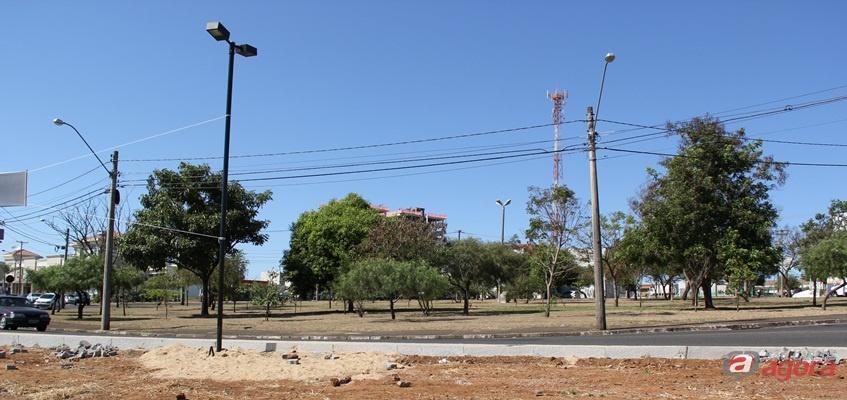Praça será reformulada e ganhará um avião Xavante. (Foto: Tiago da Mata / SCA)