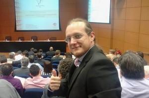 Diego participou da cerimônia em que a FAPESP anunciou os projetos selecionados. Foto: Divulgação
